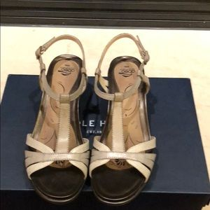276e8773f The Walking Company Shoes on Poshmark